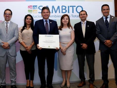 BANCO GUAYAQUIL recibió reconocimiento durante los Premios Latinoamérica Verde