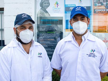 Gobernador de la provincia del Guayas visita planta de NIRSA.