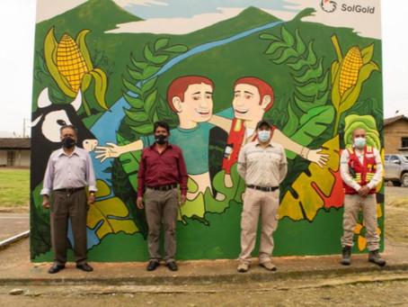 SOLGOLD contribuye a la rehabilitación del parque central del barrio El Ari, en Gualel