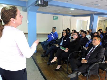 Colaboradores de la Empresa Eléctrica de Riobamba recibieron charla sobre Responsabilidad Social