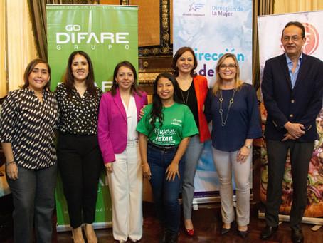 DIFARE firma de convenio beneficia a mujeres para que se capaciten en retail farmacéutico