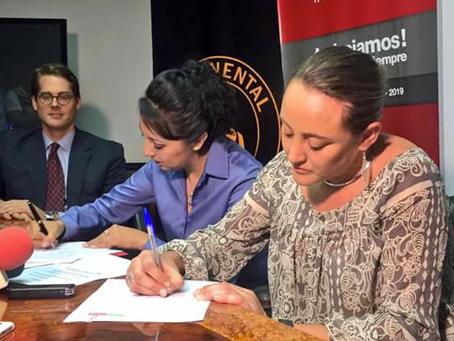 EMAC EP y Continental Tire Andina firman convenio en beneficio de Cuenca