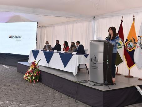 UNACEM Ecuador aporta con tecnología para la atención de víctimas de violencia en Imbabura.