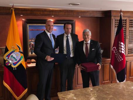 Cámara de Comercio de Quito reconoce el trabajo de Quiport y su presidente