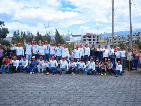 HOLCIM: Únete en ambiente realiza labores de reforestación en Pifo