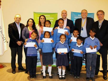 Quiport inició entrega anual de becas escolares