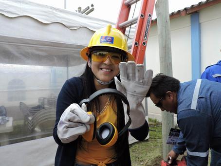 Empresa Eléctrica de Riobamba realizó Feria por Día Mundial de la Seguridad y Salud