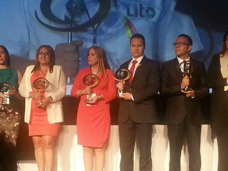 Miembros de CERES recibieron reconocimiento en la ciudad de México