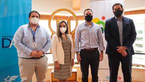 Fundación Nobis y la Alcaldía de Guayaquil capacitan gratuitamente  con el programa Aulas Digitales