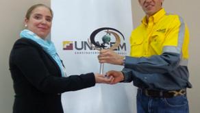 UNACEM Ecuador entre las tres empresas de la región con el reconocimiento de Empresa Socialmente Res