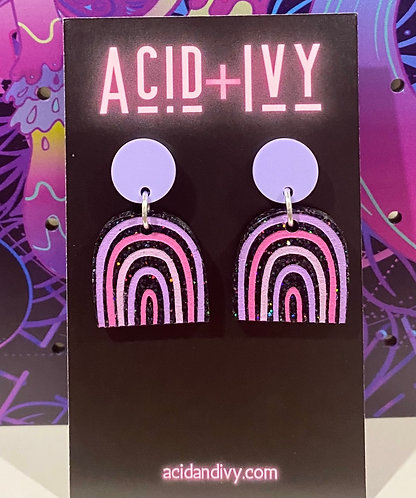 Holographic Black Dangles with pastel studs