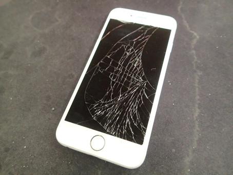 iPhone6の画面とバッテリーの交換にご来店