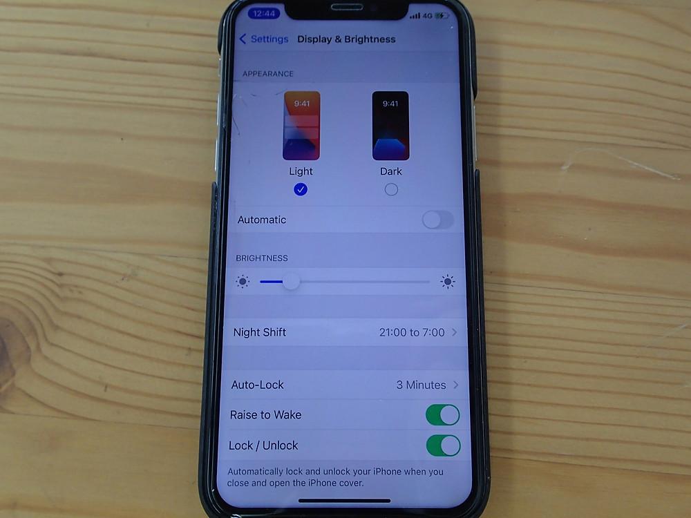 iPhoneX非正規店で修理したことのある画面でTrueToneが消えている