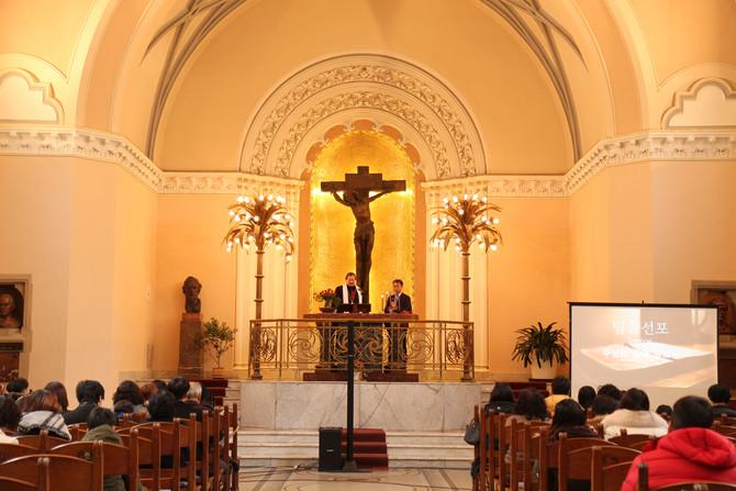 체코후스교회 총회장 방문