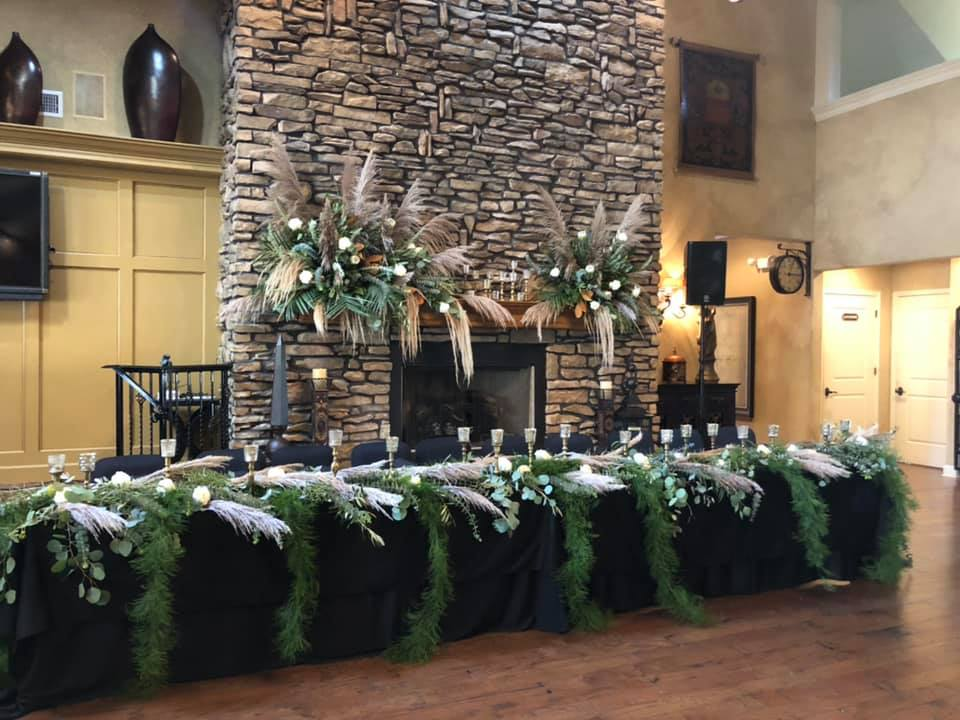 Gorgeous Florals and head table