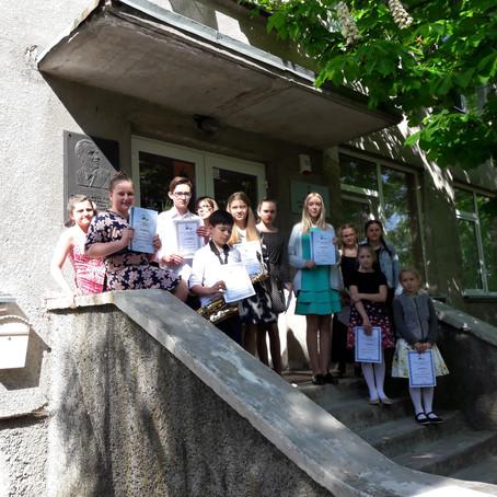 """Jaunųjų pianistų festivalis """"Pavasario mozaika"""" Jurbarke"""