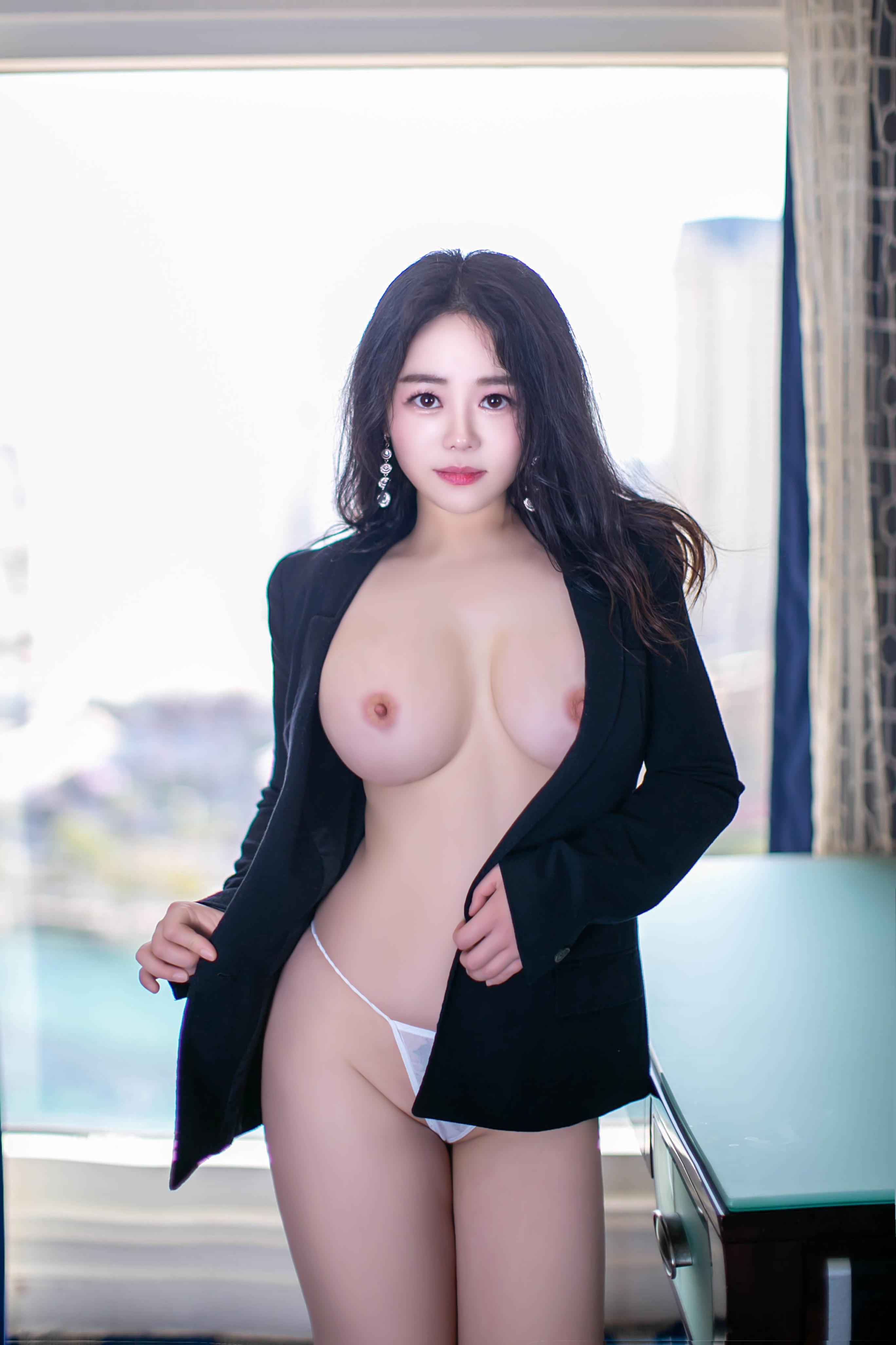 Molly Lv