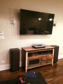 TV wall mountning