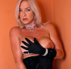Mistress Robeta 4