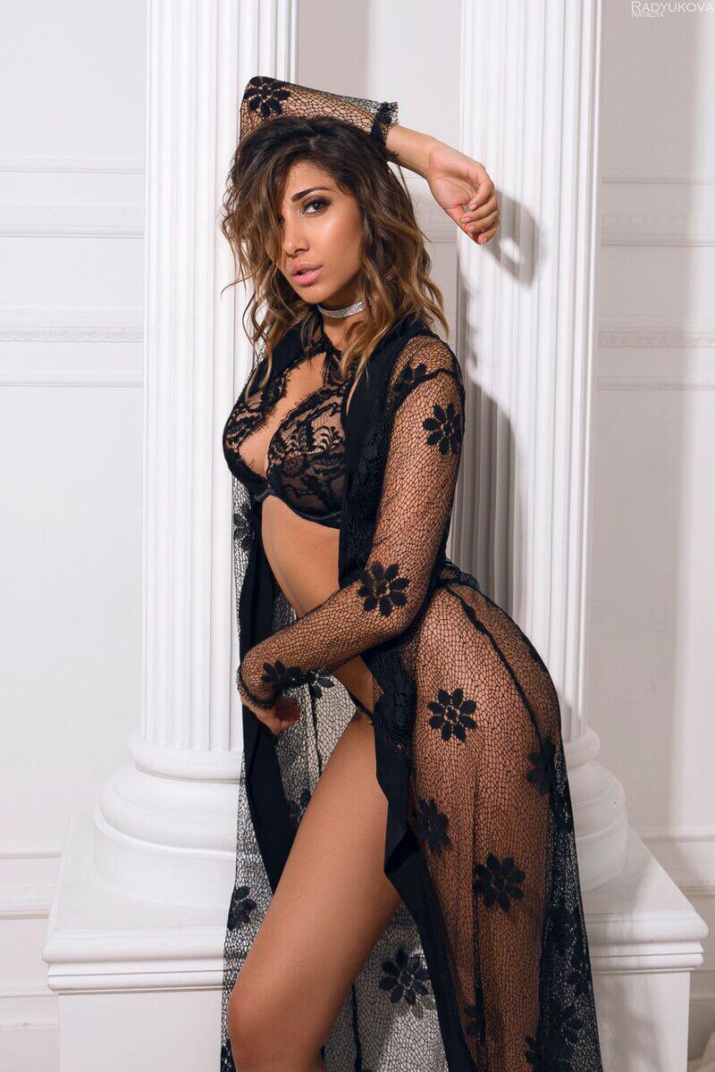 Nadia 2