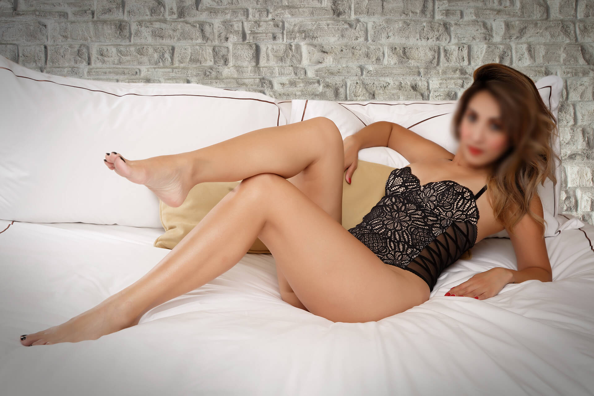 Aaren-Filipina-Boston-Escort-09