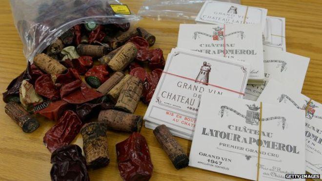 etiquettes et bouchons de vin du faussaire