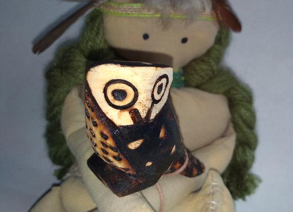 Kyringue menina coruja verde