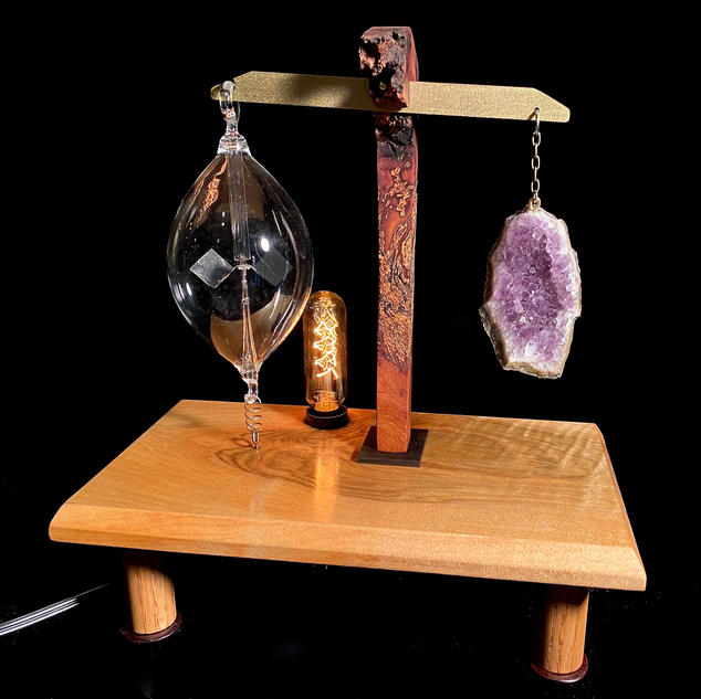 Amethyst Radiometer Lamp