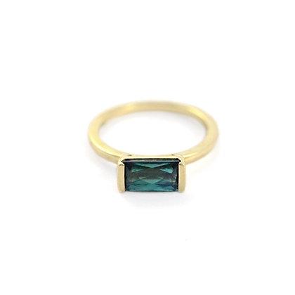 Bonbon Ring: Green Tourmaline