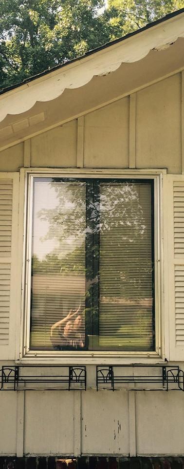 Winow Repar / Door Repair / Window Replacement / Widow Installations / Muscle Shoals Window Repair / FLorence Window Repair / Muscle Shoals Door Repir / Florece Door Repai / 24 hour window repair / Northwest Alabama Widow and door repair / Window service / Window Replacement / Custom Windows / Custom Doors / Free Widow Repair Quots / free door repair quotes
