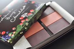 morimoto〜もりもと〜北海道ベリーチョコレートパッケージイラスト