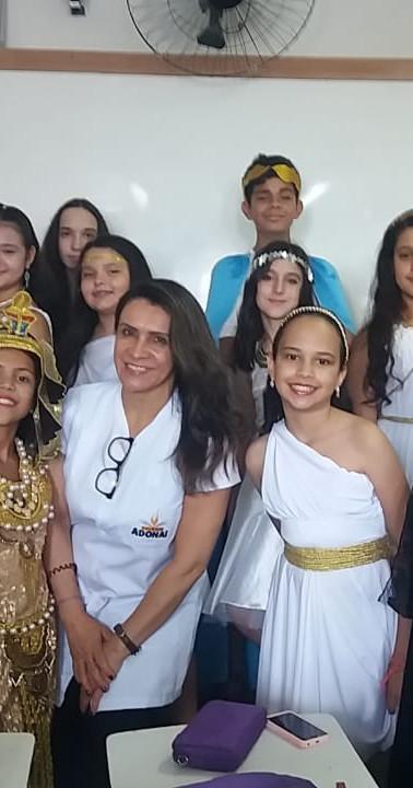 Personagens vivos Roma e Egito Professora Terezinha