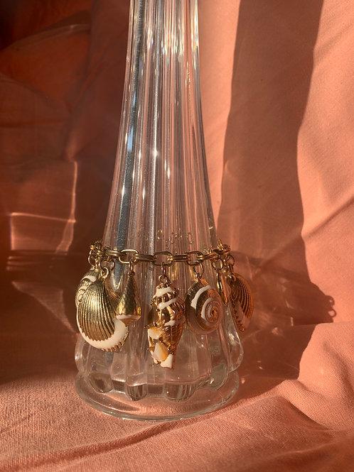 1980s Seashell Charm Bracelet