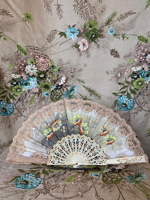 1920s Hand Painted Pink Lace Fan