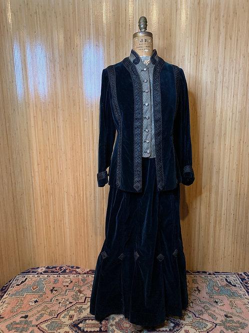 Victorian Ladies Day Suit by Meyer Jonasson