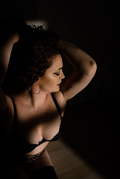 new york boudoir photography dramatic