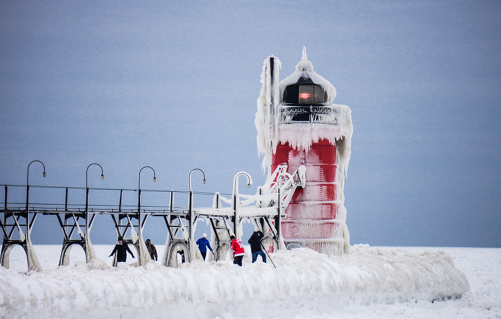 South Haven Lighthouse 1-11-15.jpg