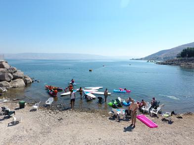 חוף הסאות ביץ׳ בכנרת