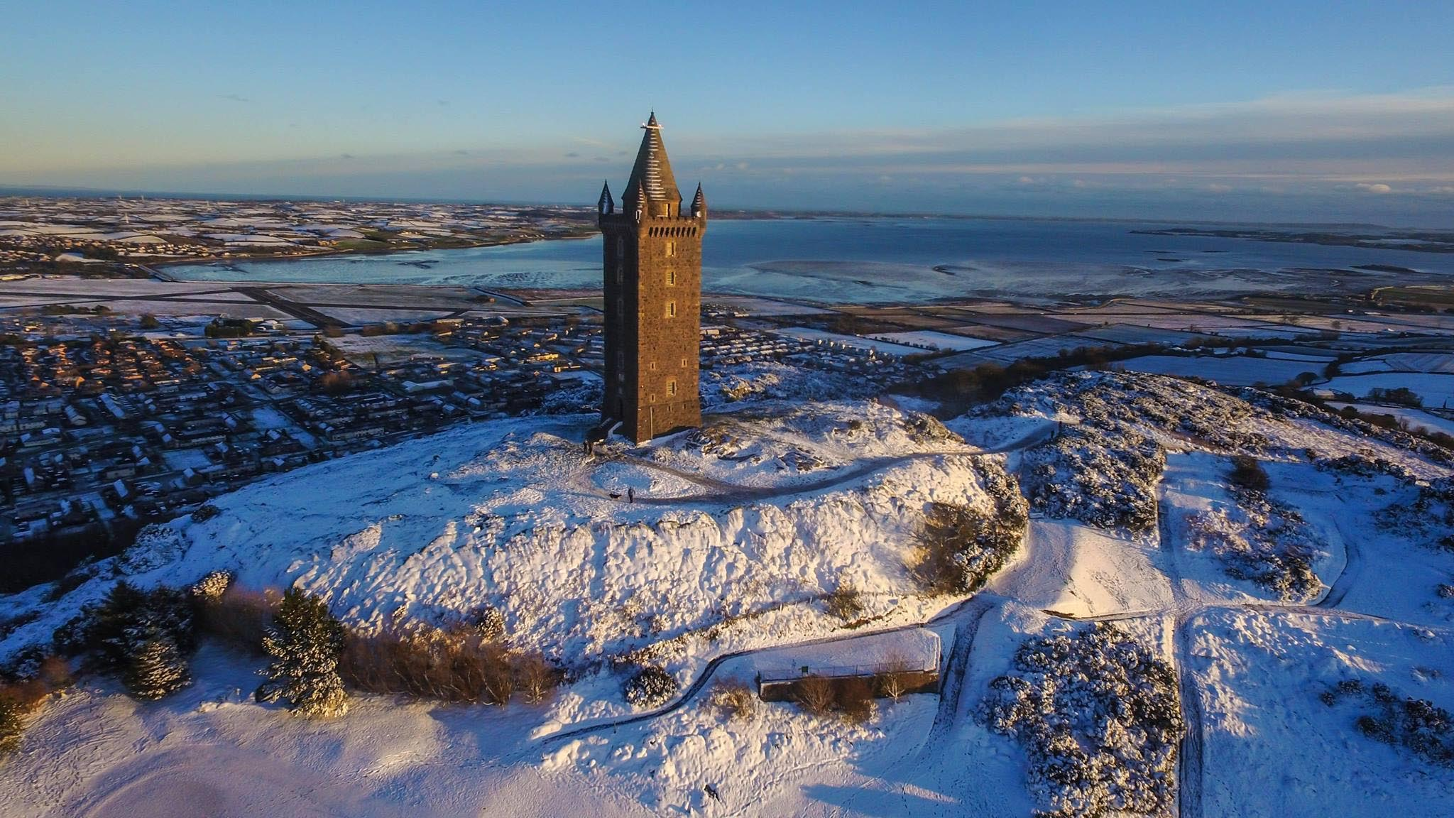 Scrabo tower in winter