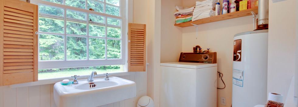 Bathroom with WM.