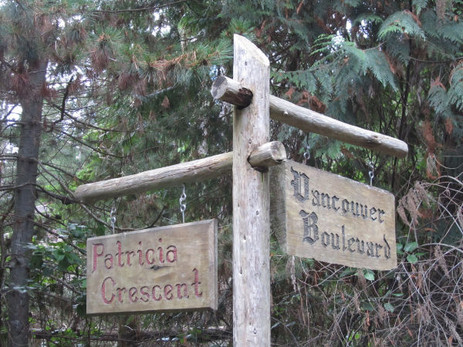 Sign Post .JPG