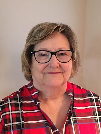 Linda Helmlinger.JPG