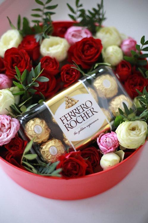 Короб красный розы+Ферреро