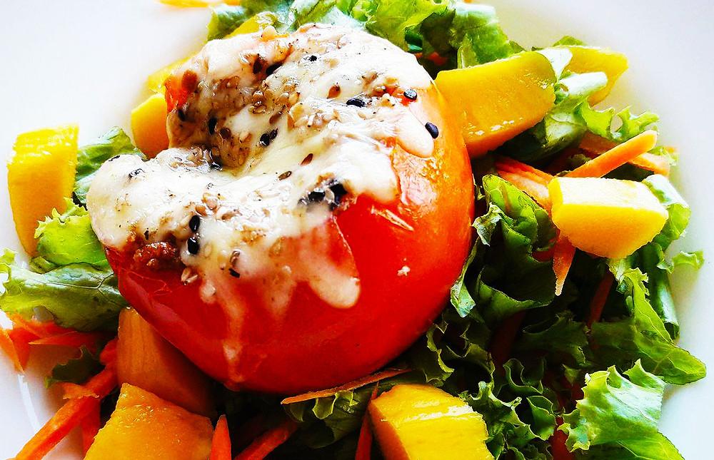 tomate recheado com carne