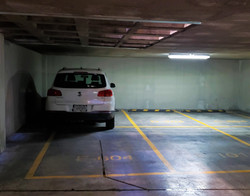 40, dos estacionamientos (2)