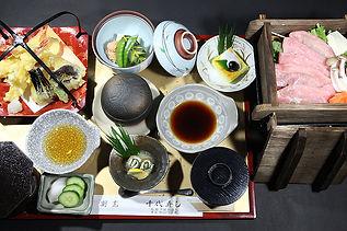 熊野三山定食・肉料理