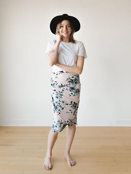 Jupe midi ajustée rose / Fitted pink midi skirt