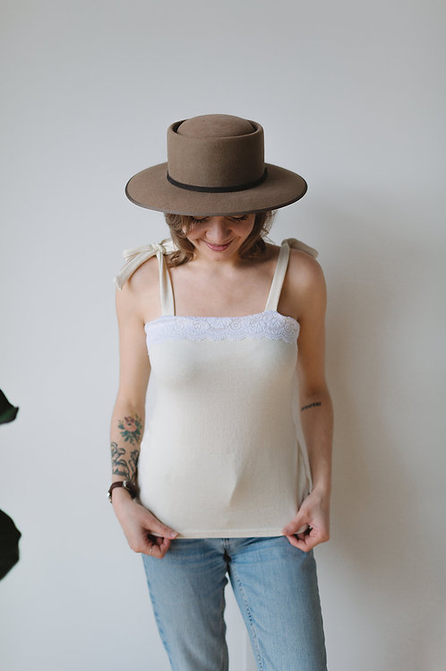 Camisole ivoire et dentelle / Ivory and lace camisole