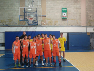 'נבחרת הכדורסל של שכבת ט