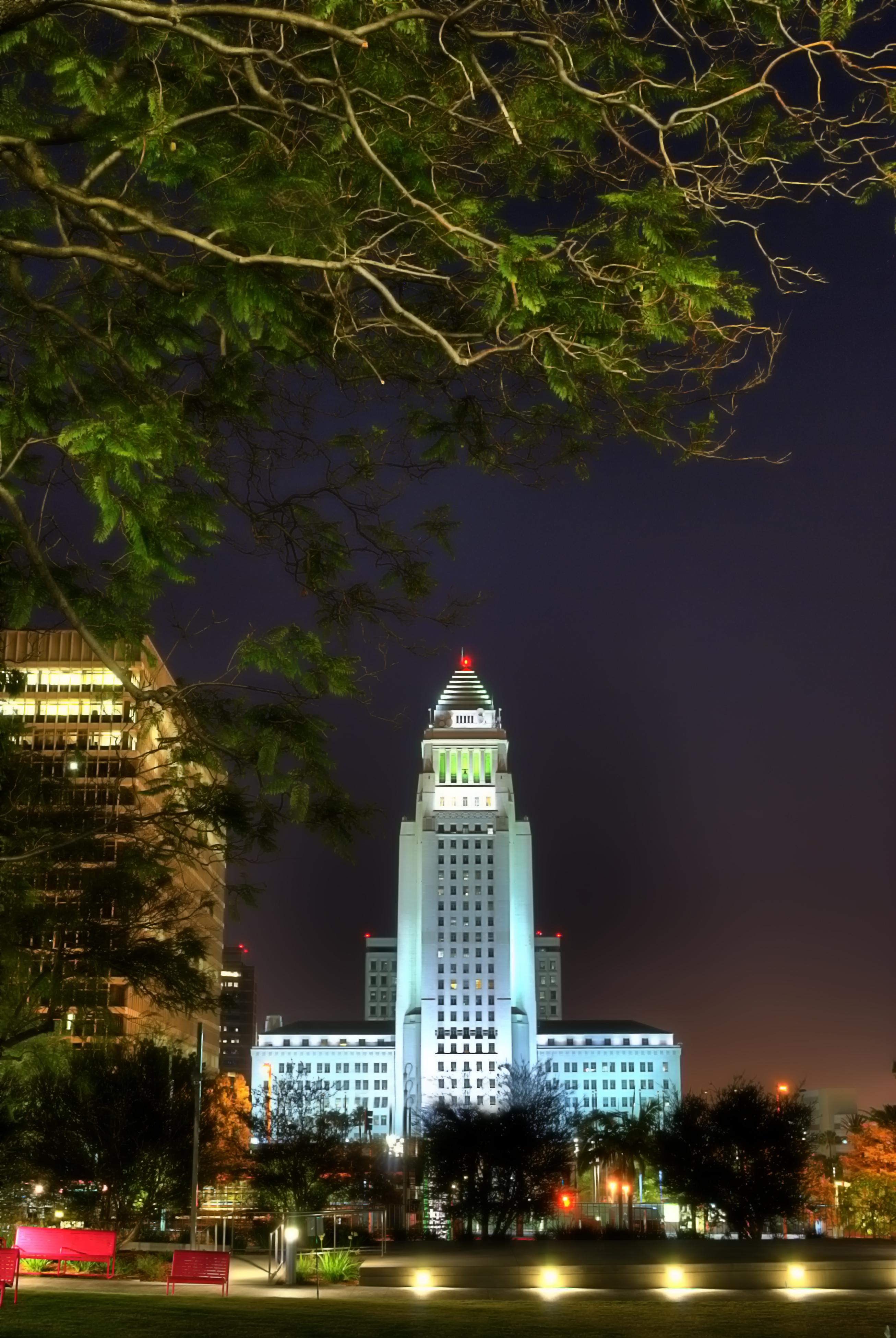 L.A.+City+Hall+n+Grand+Park.jpg